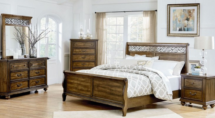 Monterey Burnished Caramel Pine Sleigh Bedroom Set