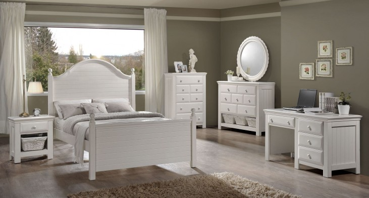 Jasmine White Youth Poster Bedroom Set