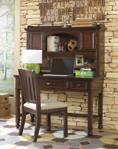 Expedition Desk with Hutch