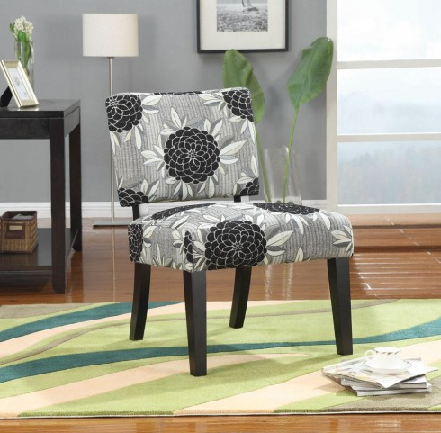 Perfect Match Grey Big Flowers Accent Chair