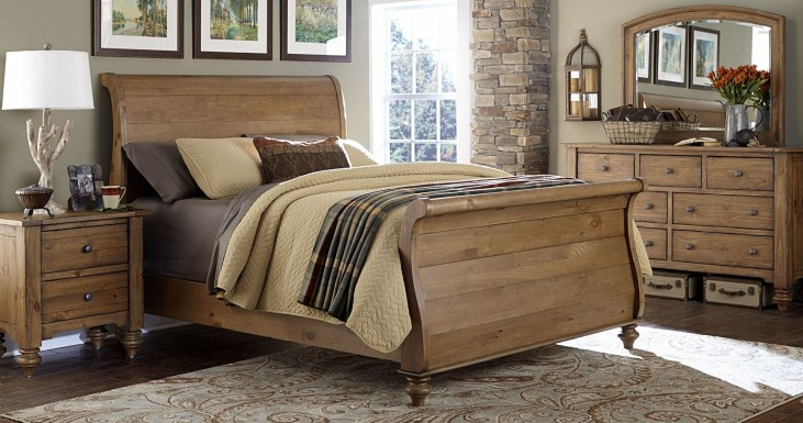 Southern Pines II Sleigh Bedroom Set