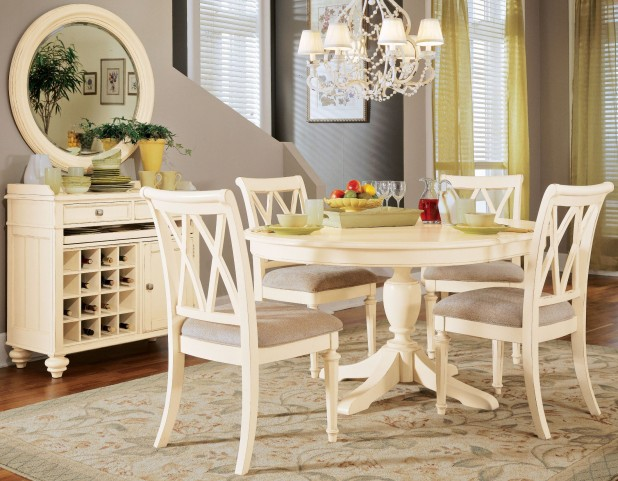Camden Buttermilk Round Dining Room Set