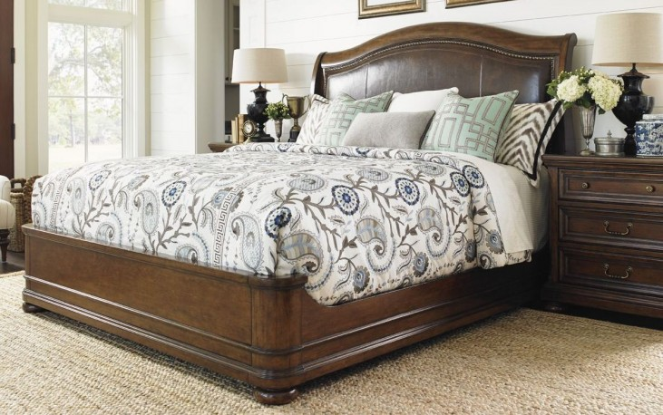 Coventry Hills Autumn Brown Chandler Mills Sleigh Bedroom Set