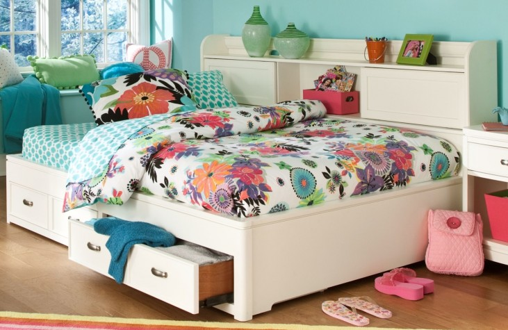 Park City White Twin Bookcase Storage Lounge Bed