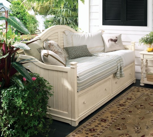 Paula Deen Home Linen Storage Day Bed