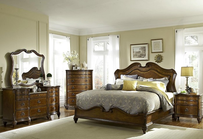 Marisol Brighton Cherry Panel Bedroom Set