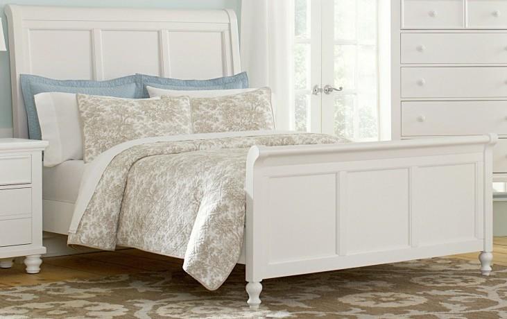 Ellington White Queen Sleigh Bed