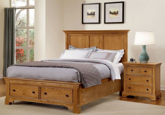 Forsyth Medium Oak Panel Storage Bedroom Set