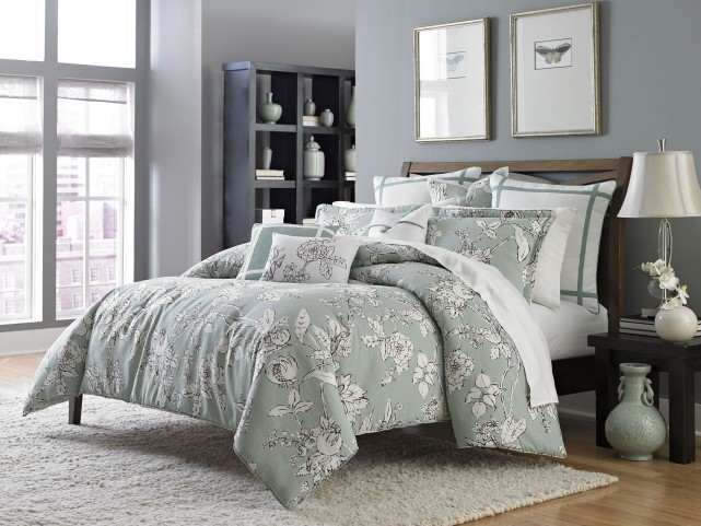 Abigail Aqua 9 piece Queen Comforter Set