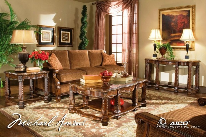 Windsor Court Occasional Table Set