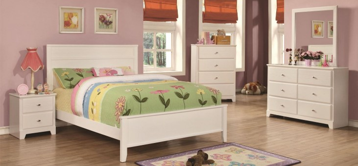 Ashton White Youth Panel Bedroom Set