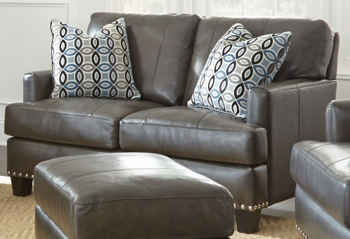 Patrese Leather Loveseat