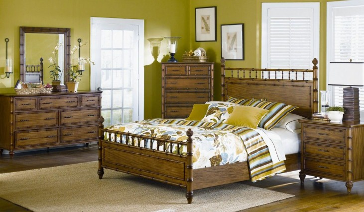 Palm Bay Poster Bedroom Set