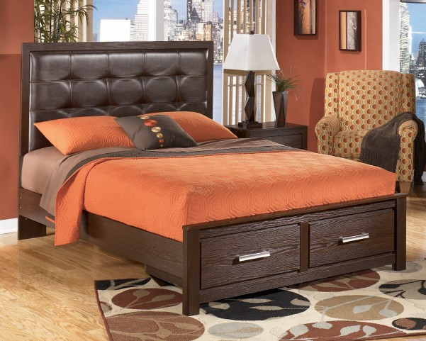 Aleydis King Upholstered Platform Storage Bed