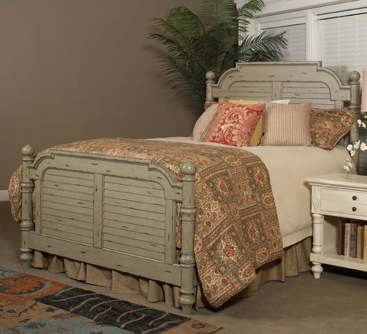 Woodhaven Distressed Green King Poster Bed