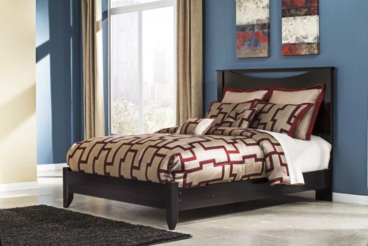 Zanbury King Panel Bed