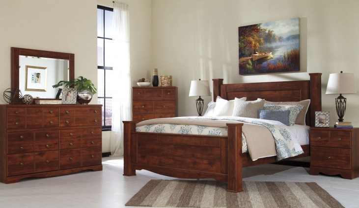 Brittberg Reddish Brown Poster Bedroom Set