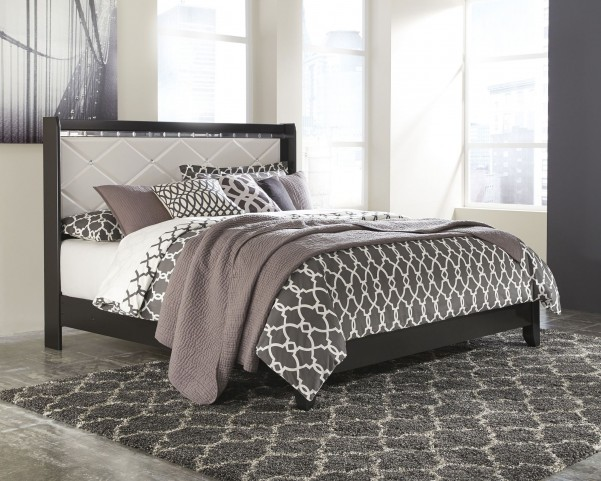 Fancee White King Panel Bed
