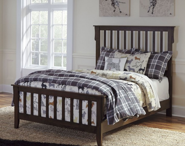 Strenton Full Panel Bed