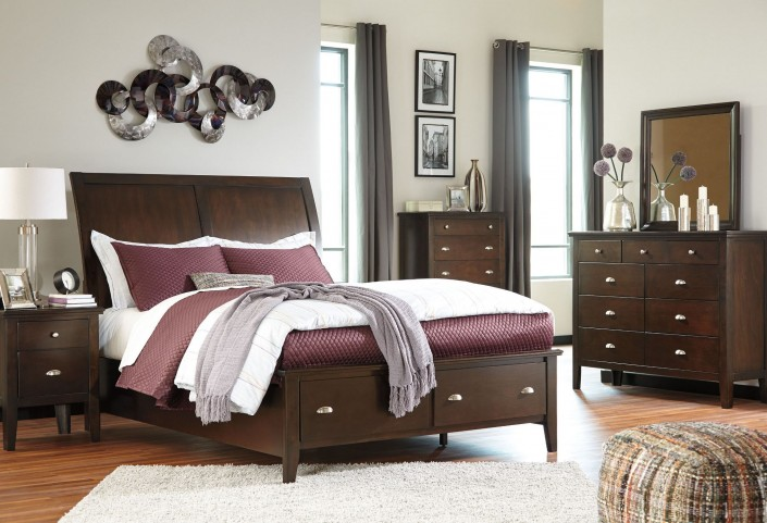 Evanburg Sleigh Storage Bedroom Set