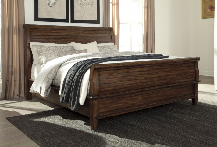 Chaddinfield Brown King Sleigh Bed