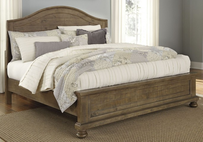 Trishley Light Brown Queen Panel Bed