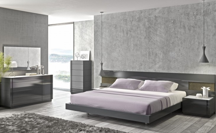 Braga Natural Grey Lacquer Platform Bedroom Set