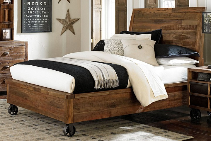 Braxton Full Island Bed With Casters