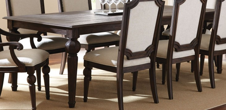 Cayden Extendable Rectangular Dining Table