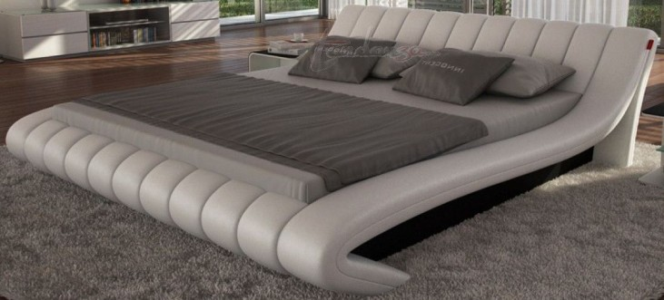 Celeste Light Grey King Platform Bed