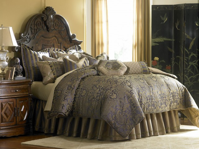 Charisma Royal Bronze King Coverlet