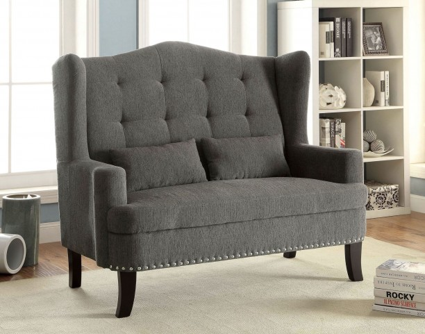 Setubal Gray Loveseat