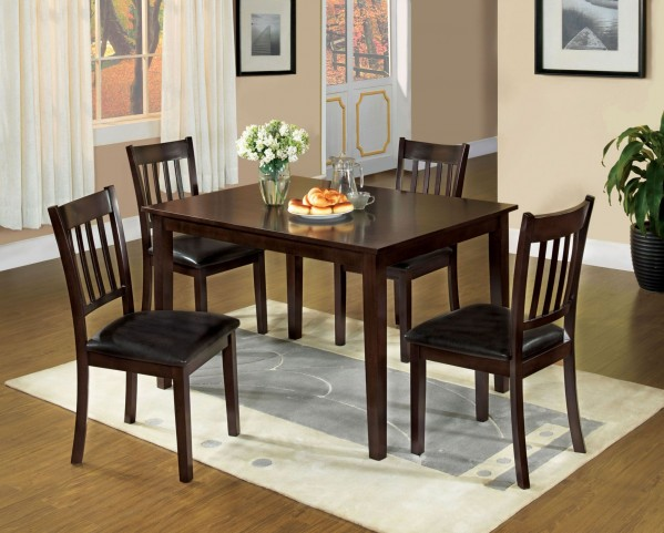 West Creek I 5 Piece Dining Table Set