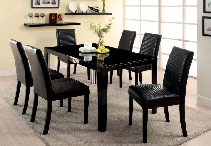 Levna Black Rectangular Dining Room Set
