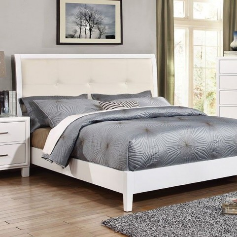 Enrico I White Cal. King Upholstered Bed