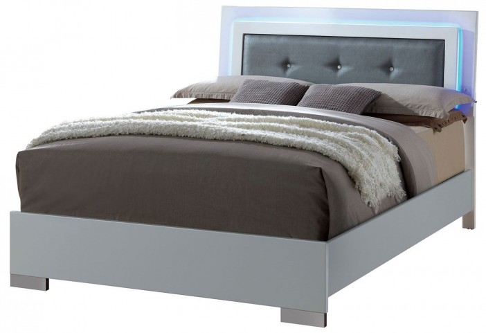Clementine Smooth White Queen Upholstered Bed