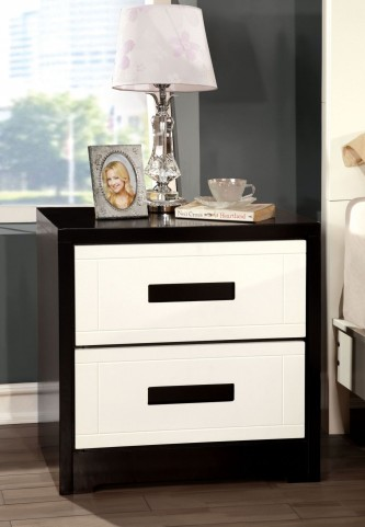 Rutger White And Black Nightstand