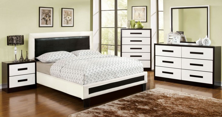 Robles Upholstered Platform Bedroom Set