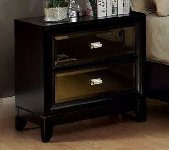 Golva Black Nightstand