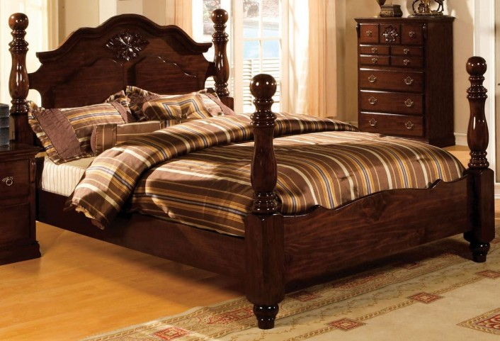 Tuscan II Glossy Dark Pine King Poster Bed