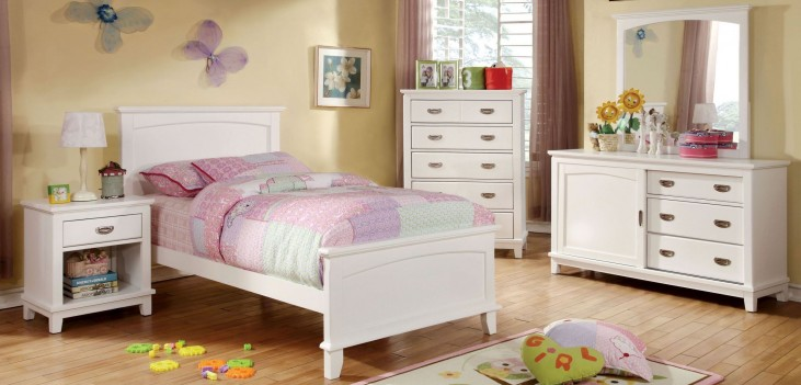 Colin White Youth Panel Bedroom Set