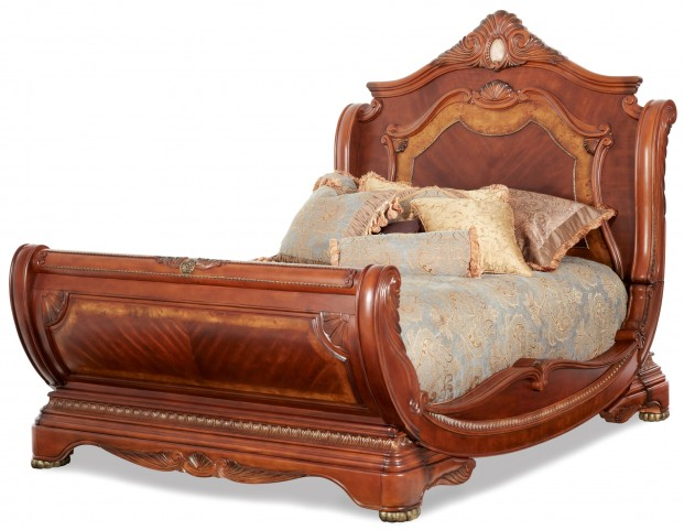 Cortina Cal. King Sleigh Bed