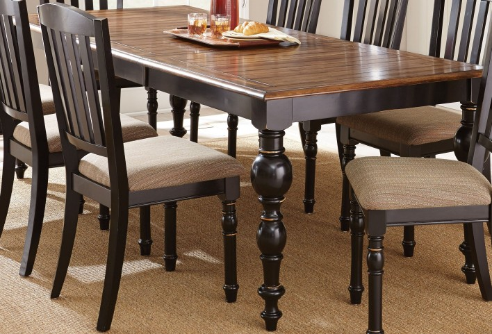 Carrolton Medium Oak Extendable Rectangular Dining Table