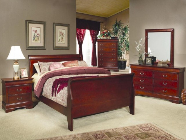 Louis Philippe Cherry Sleigh Bedroom Set