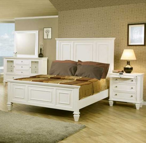 Sandy Beach White Cal. King Panel Bed