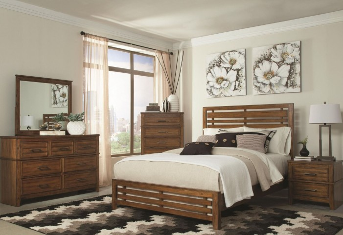Cupertino Antique Amber Panel Bedroom Set