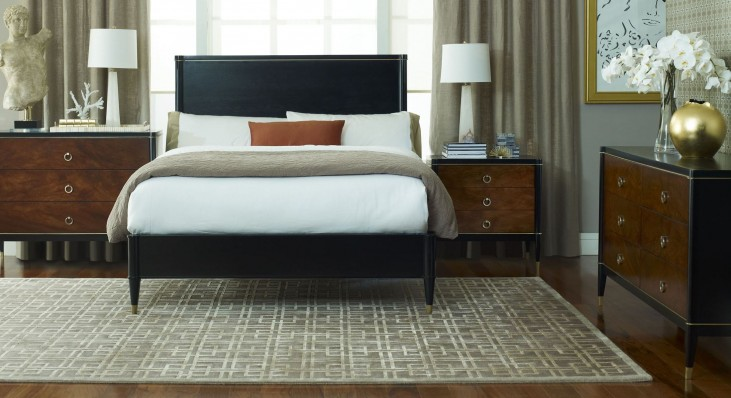 Davenport Platform Bedroom Set