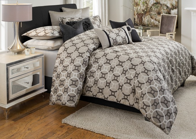 Daytona King 10 Pcs Comforter Set