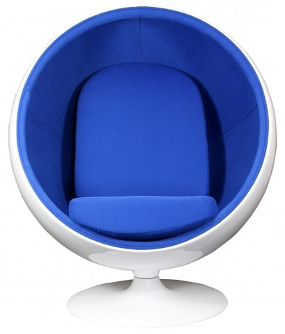 The Kaddur Chair in Blue
