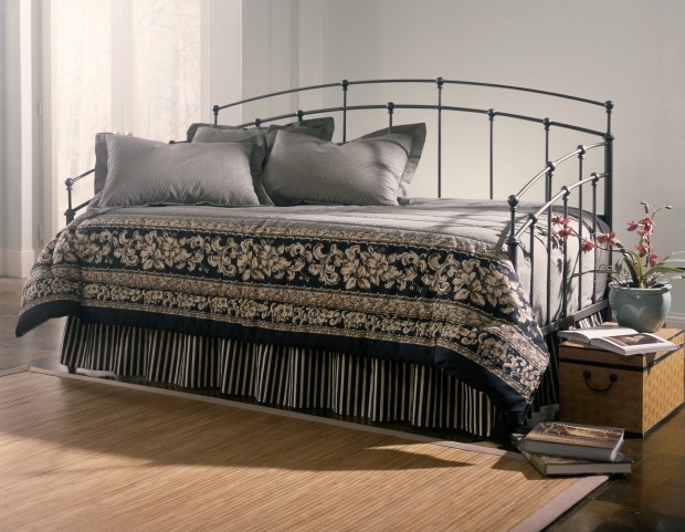 Fenton Twin Size Daybed